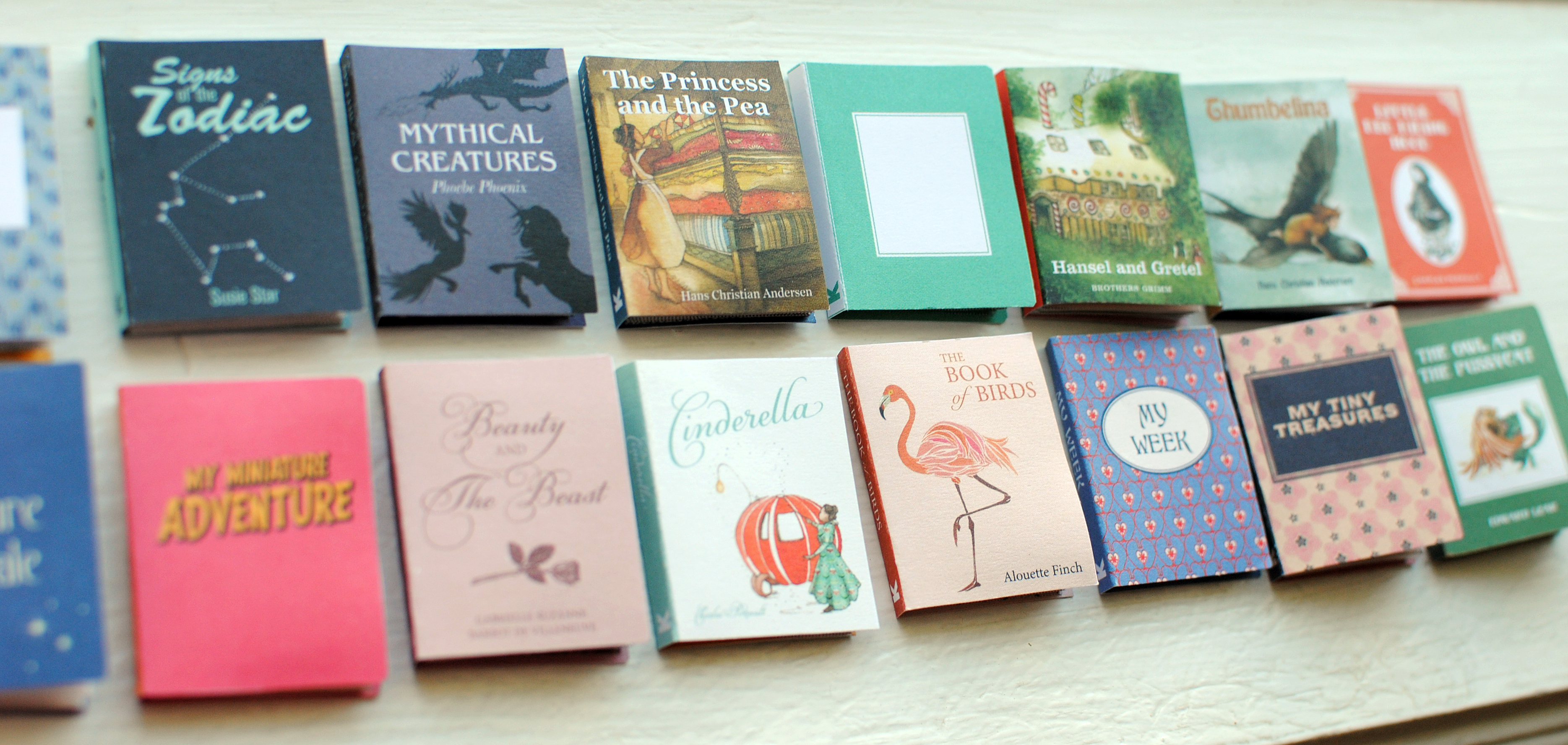 Rainy Weekend Project: Mini books! – Blossom Friends